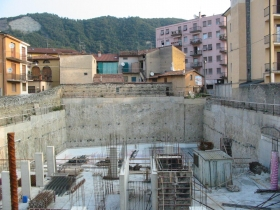 Diaphragms, post-tensioning anchorages and jet-grouting for underground parking - DCRPROGETTI